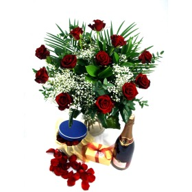Romance Flowers Gift Package