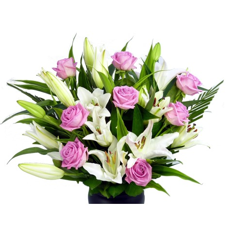 Pink Rose Lily Bouquet Free Uk Delivery Post A Rose Flowers